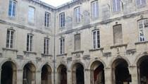 Musée archéologique de Nîmes
