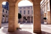 Salle Capitulaire - Cour Mably