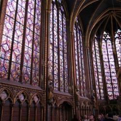 600 mètres de vitraux ornent la Chapelle haute