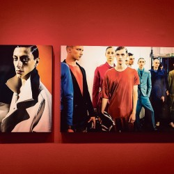 """Portraits de mannequins en backstage des défilés signés James Bort - Exposition """"Manifeste"""" à la Mep jusqu'au 31 octobre 2015"""
