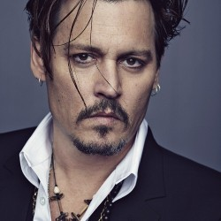 Johnny Depp, égérie du prochain masculin de la maison de l'avenue Montaigne.